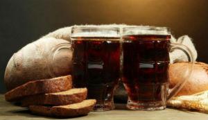 Хлебный квас: чем полезен и как приготовить